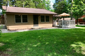 Remodeled 2 Bed/1 Bath Cottage Ranch Roy-L Vacation Community