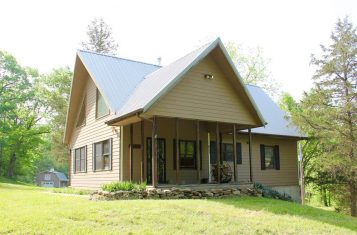 171 +/- Acre Premier Family Retreat Property for Sale Bordering Meramec State Park