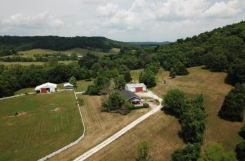Country Home on 93 +/- Acres for Sale in Pike County, MO