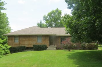 13207 E. 249th Street Peculiar Missouri Home for sale near Kansas City