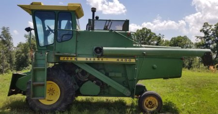 1974 John Deere 4400 Combine for Sale at Auction