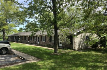 12 Thomas Street Monroe City Missouri Apartment Complex for Sale
