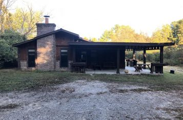 95 +/- Acre Illinois Property With Secluded Cabin for Sale – Union County