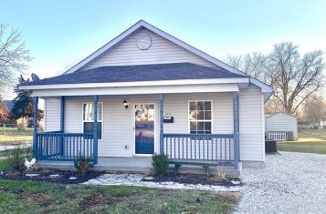 324 W South Street Bowing Green Missouri Updated Ranch Home on Oversized Lot for Sale