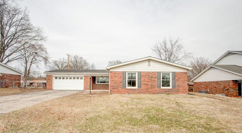 Home for Sale Godfrey Illinois