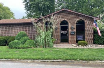 Vandalia, Missouri Office Building For Sale